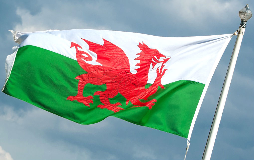 Associations slam Welsh government's decision to continue 3% stamp duty surcharge