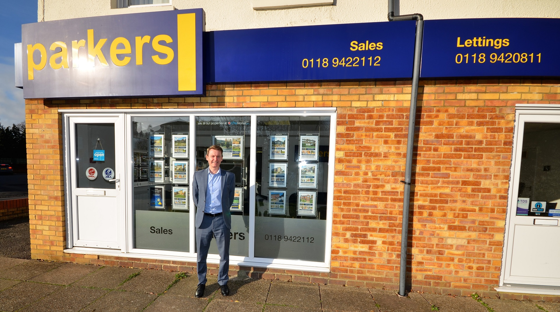 Tilehurst franchise owner celebrates 20 years with Parkers
