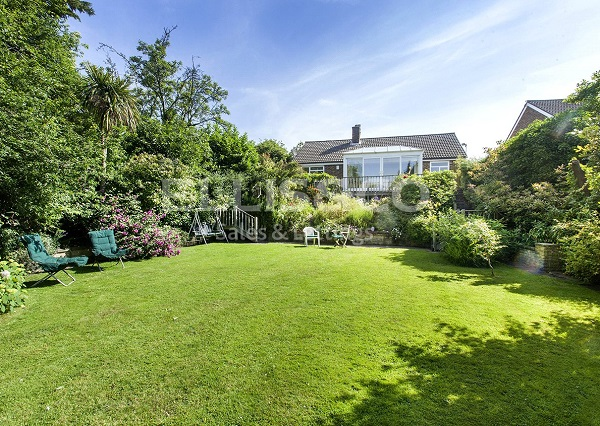 Golders Green bungalow