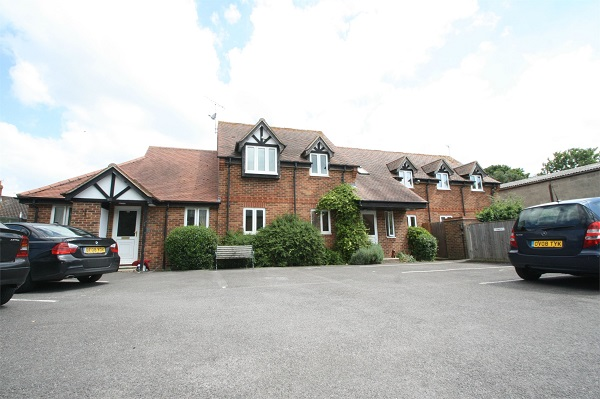 Thame 2 bed flat