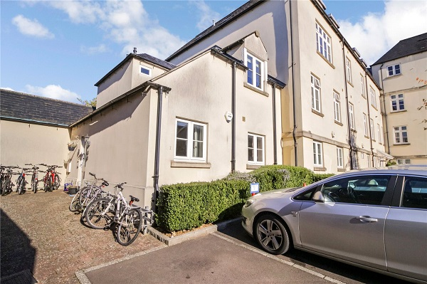 Cirencester apartment 2