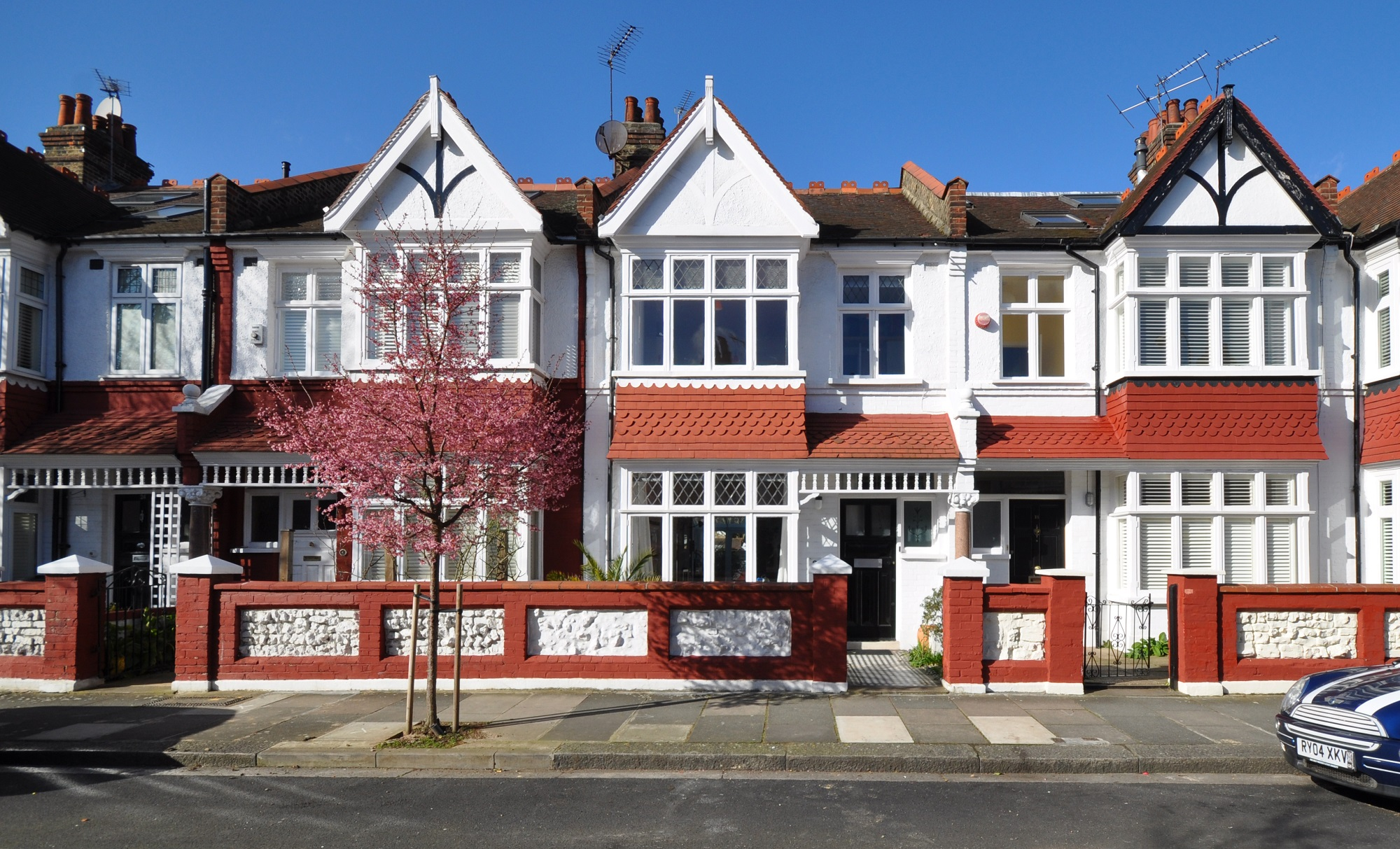 Period property: A guide on what to look for when buying a house