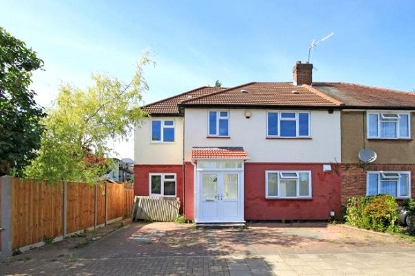 Harrow 3 bed flat